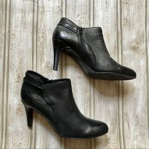 Bandolino Bderina Leather Ankle Boots
